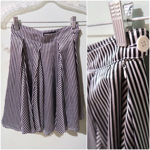 American Apparel black and white skirt